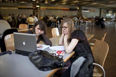 Les universités suisses se mettent aux cours en ligne