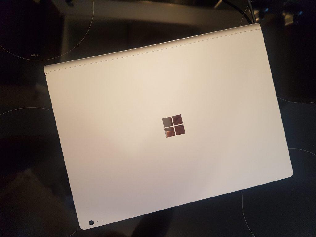 Surface Book sous GNU Linux Ubuntu